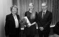 Vigdís Finnbogadóttir, Herbjörg Andrésdóttir styrkhafi 2013 og Hilmar Bragi Janusson, forseti Verkfræði- og náttúruvísidnasviðs.